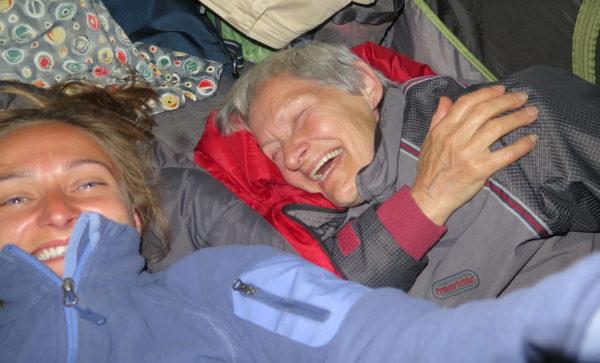 În cort cu bunica